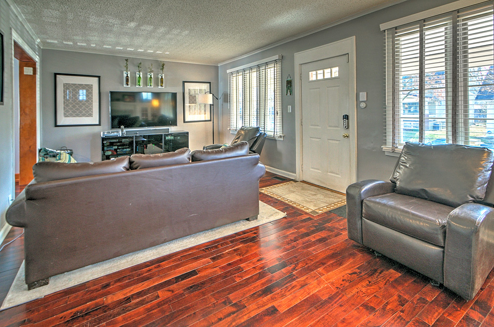 24_Living-Room
