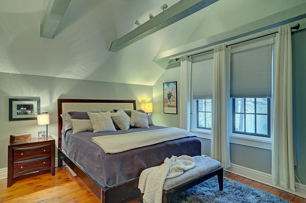 378_OWNER'S-BEDROOM-1